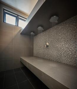 Water Massage Room v2
