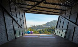 Yoga Deck 02